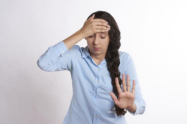 rozrušená žena
